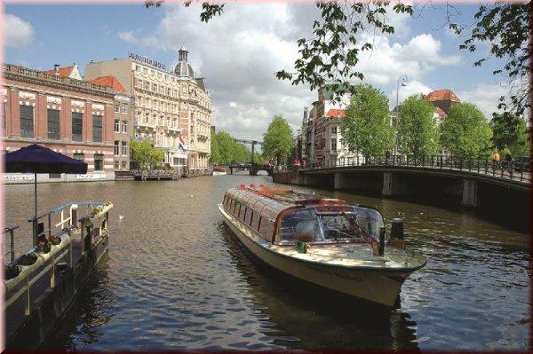 Romanii din Amsterdam